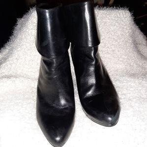 RALPH LAUREN 4 Inch heel Black Boot